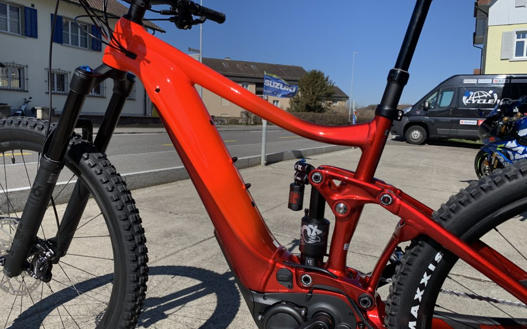 NEW!!! GIANT REIGN E 1 PRO 2020